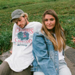 """Jeremy Zucker & Chelsea Cutler Reunite For New Single """"this is how you fall in love"""""""
