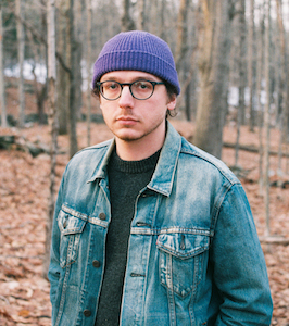 """Griffin Jennings Announces Debut LP, Shares Lead Single """"Long Forgotten Road"""" , 'Static and the Dark' Out This Summer"""
