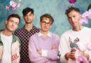 """Glass Animals Deliver Dreamy Performance Of """"Heat Waves"""" On Billboard Music Awards"""