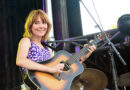 Molly Tuttle At Moon River Fesetival