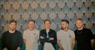 """Siamese Release Music Video for New Single """"Holy"""""""