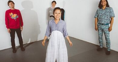"""Deerhoof Share Ritchie Valens-Inspired Single """"Scarcity is Manufactured"""""""